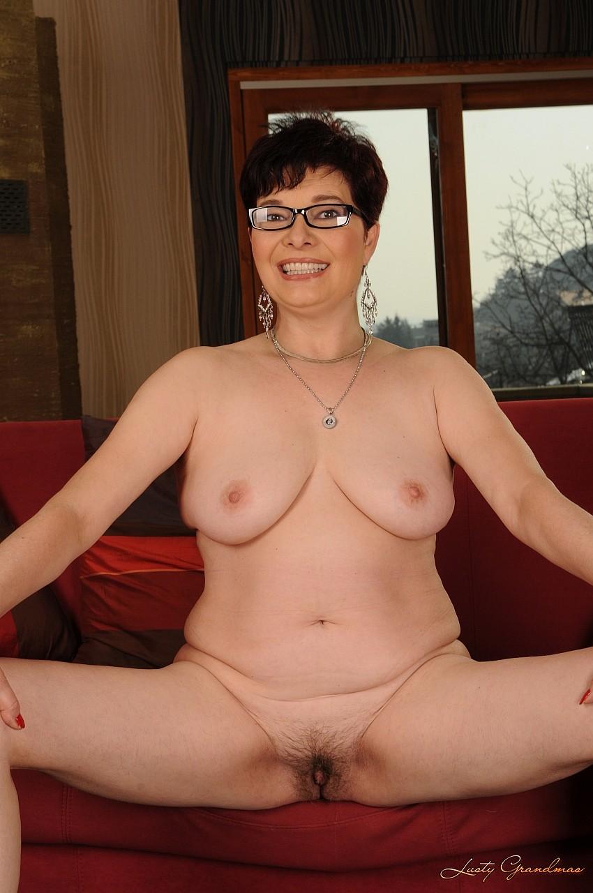 Толстые проститутки раздеваются фото фото 588-179