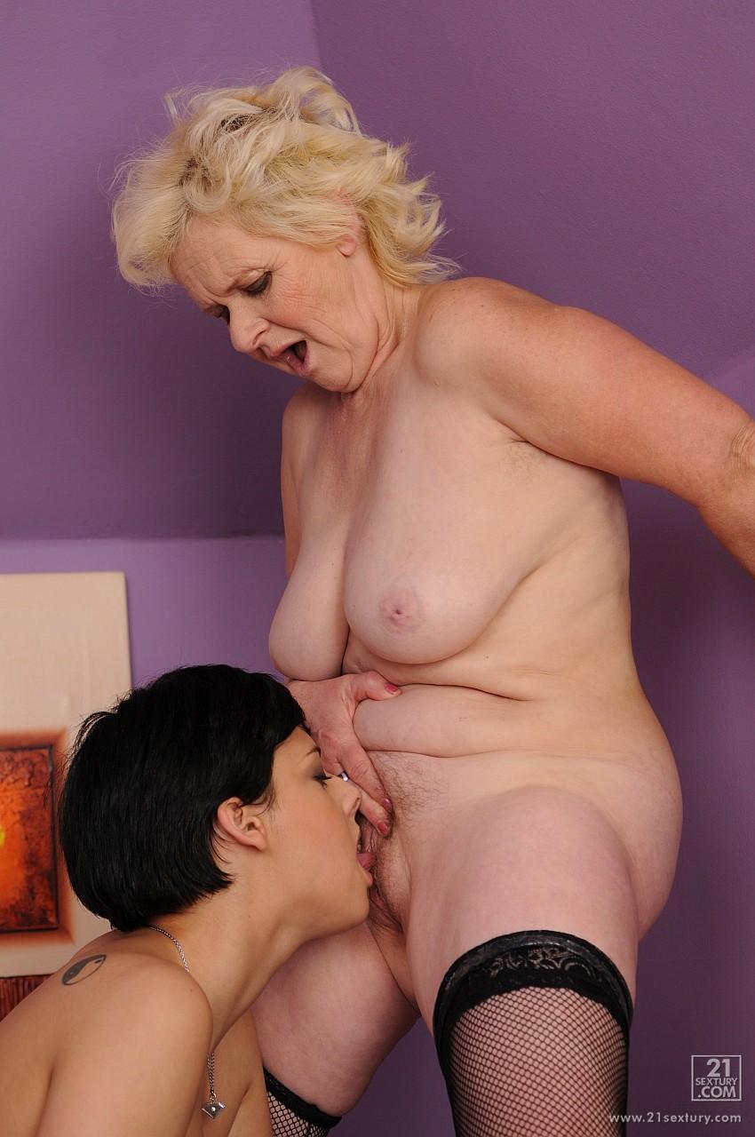 Старые толстые лесбиянки замечательная