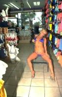 Shopping Nude - N15