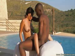 ebony-outdoor-sex-techniques