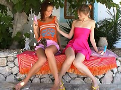 two-russian-lesbian-girls-vibrating