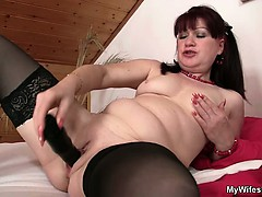 wife-finds-her-mom-and-his-bf-together