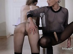 21yo schoolgirl gets fuck from strap on