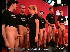 awesome-milf-gets-horny-when-sex-group-part2