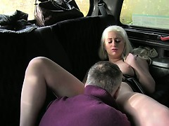 blonde-gets-pussy-cumshot-in-fake-taxi