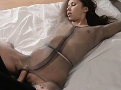 extreme-babes-with-strapon-in-luxury