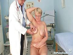 fat-mature-radka-gets-real-speculum-exam-by-kinky-gyno-docto
