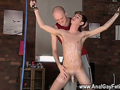 twink-video-kieron-knight-likes-to-deepthroat-the-hot-spunk