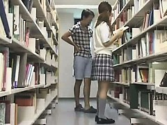 young-teen-used-in-the-school-library