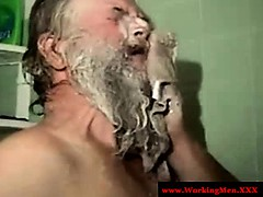 old-mature-hairy-redneck-bears-showering