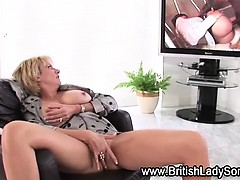 mature-british-ho-toying