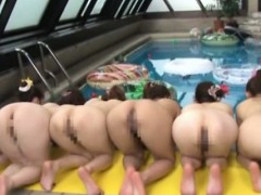 six-asian-babes-showing-ass-by-the-pool