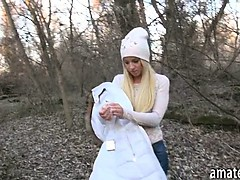 beautiful-czech-girl-banged-in-the-woods-for-alot-of-cash
