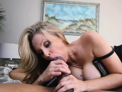 shane-diesel-humongus-dick-barely-fit-in-her-wet-pussy