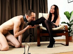 sub only makes it to his domina's feet but that's more than porn