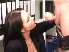 busty-brunette-milf-fisted-and-jizzed-on-her-face