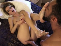 cute-pussy-college-blowjob