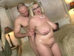 natural-tits-oral-sex