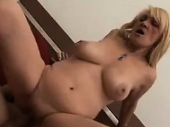 granny-seduces-a-young-guy-into-a-bed