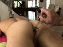fleshly-oil-massage
