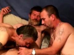 hairy-bluecollar-bears-suck-cock