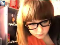 sexxy-teen-gf-with-purple-vibe-on-cam