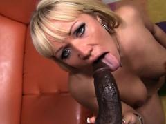 austin-taylor-loves-a-black-dick