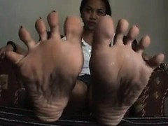 sweet-asian-girls-feet-close-up-point-of-view