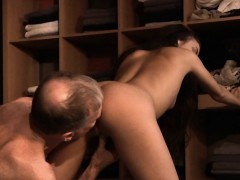 shameless-young-girl-fucking-married-old-man