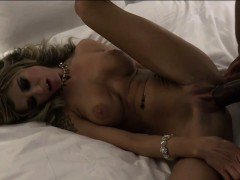 chloe-chaos-gets-fucked-in-front-of-her-cuckold-fan