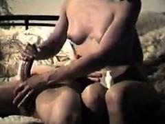 indian housewife giving a great handjob – فيلم سكس مولع على الاخر من سكس هندى جديد