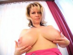 fuck-this-milf-for-free-at-milfsexdating-net