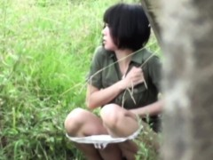 asian-sluts-piss-outdoors