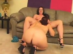 thick-and-hungry-lesbians-want-pussy