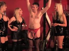 teasing-topless-femdoms-in-latex-flogging-sub