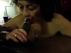 granny-loves-sucking-black-dick
