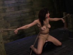 valentina-is-tied-tight-and-squirts-during-bondage-session