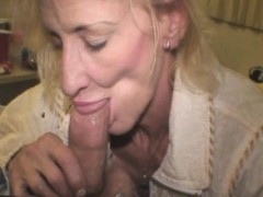 mature-blonde-street-whore-sucking-dick-for-crack-cash