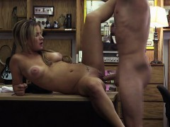 a-hot-waitress-gets-fucked-for-a-deal