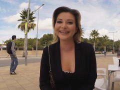 anna-freaked-out-sucking-dick-in-public
