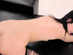 lady-dee-taking-cock-in-both-pussy-and-mouth