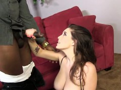 noelle-easton-tries-a-big-cocked-black-guy