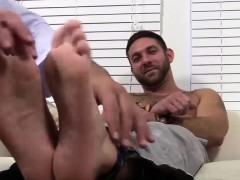 hairy-ricky-loves-to-smell-and-worship-seths-feet-and-toes