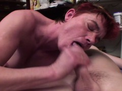 old-slut-loves-getting-fucked-in-the-ass