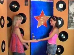 teen-webcam-sexy-youthful-lesbians