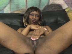 short-haired-black-ghetto-slut-getting-her-face-wrecked