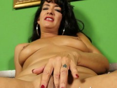 latina-milf-gabrielle-lane-poses-for-aunt-judy-s