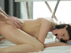 sensual-oil-massage-is-the-biggest-temptation-for-a-girl