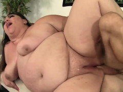 Bbw Bella Bendz Takes A Hard Cock In Her Twat