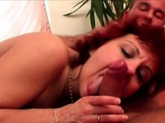redhead-mature-is-in-heat